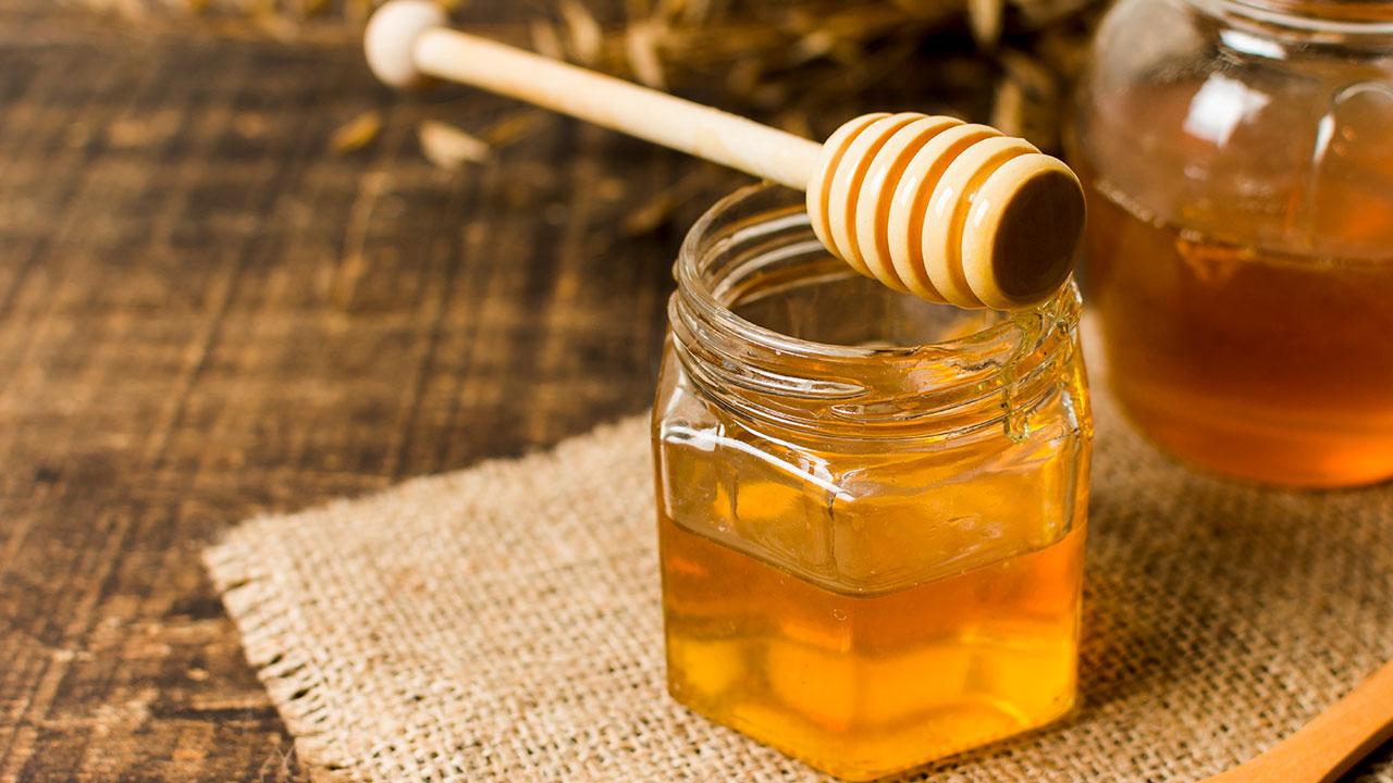 7 مزیت شگفت آور سلامتی از خوردن عسل